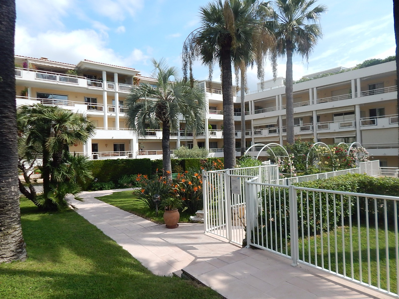 Agence immo 06 immobilier cannes et environ vente for Ca location immobilier